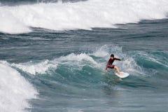 заниматься серфингом cornwall Англии newquay Стоковая Фотография RF
