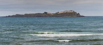Занимающся серфингом в mundaka, Испания Стоковое Изображение RF