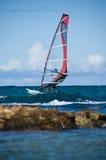 занимаясь серфингом ветер стоковая фотография rf
