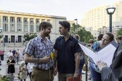 Заново пара гомосексуалиста wed в Висконсине Стоковое Изображение RF