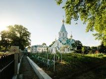 Заново построенная Русская православная церковь всех Святых Стоковые Изображения