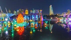 Заново раскрытое timelapse сада зарева Дубай положение архитектуры искусства отличая архитектурой окружающей среды дружелюбной видеоматериал
