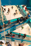 Занятый розничный торговый центр Стоковые Фотографии RF