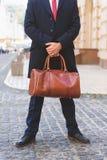 Занятый человек надеясь кто-то в городе Стоковое Фото