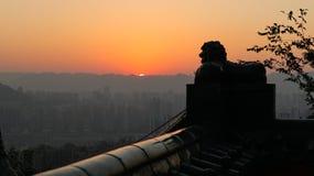Западное ¼ ŒSunset cityï, лев, заход солнца города горы в Чунцине, Китае стоковые фото