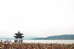 Западное озеро в осени стоковая фотография rf