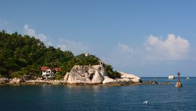 Западное побережье около залива Jansom koh tao Архипелаг Chumpon Провинция Surat Thani r стоковое изображение rf