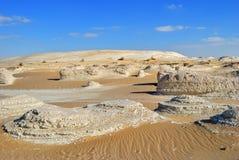 Западный белый пейзаж пустыни Сахара, Египет стоковые изображения rf