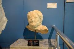 Запасать человека бюста мрамора Музейный экспонат стоковые фотографии rf