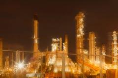 Запачканная индустрия фабрики масла и рафинадного завода для предпосылки Стоковое Изображение