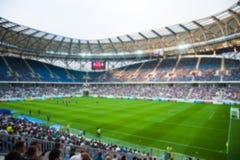Запачканная толпа зрителей на стадионе стоковое фото rf