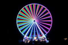 Запачканное гигантское колесо, ferris на ноче Стоковые Изображения