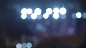 Запачканное шоу светлого этапа зимы на открытом воздухе Снег на холодной зиме нот bokeh предпосылки замечает тематическое акции видеоматериалы