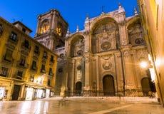 запачканные люди Испания вочеловечения фасада выдержки собора длинние главные Главный фасад, Испания стоковые фото
