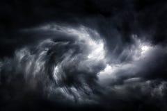 Запачканный вихрь в облаках стоковое изображение