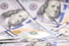 запачканный Предпосылка вполне 100 долларов США Дело и финансы Малая глубина поля, DOF, выборочного фокуса стоковое фото rf