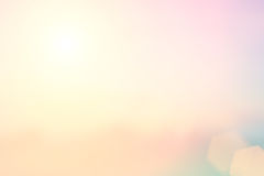 запачкать предпосылки естественный теплые цвета и яркий свет солнца Bo стоковое фото