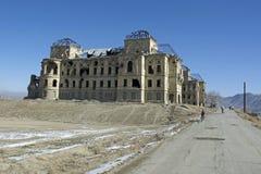 Западное крыло дворца Darul Амана, Афганистана стоковое фото