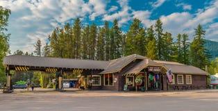 Западный национальный парк ледника сувенирного магазина бензоколонки ледника Стоковое Изображение RF