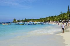 Западный пляж залива в Гондурасе Стоковая Фотография RF