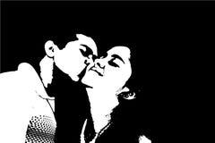 Запальчиво романтичный любящий поцелуй на щеках парнем к подруге в влюбленности Стоковые Изображения RF