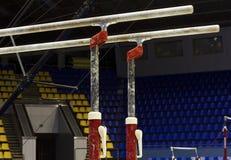 запирает гимнастическую параллель стоковое фото rf