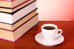 записывает кучу кофейной чашки Стоковые Фото