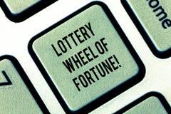 Запись колеса фортуны лотереи показа примечания Шансы фото дела showcasing удачи играя в азартные игры клавиша на клавиатуре карт иллюстрация вектора