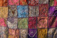 Заплатка индия Квадраты Индии покрашенные вышивкой Яркий mu Стоковые Изображения RF