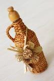 заплетенная бутылка стоковые фото