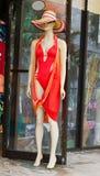 заплывание костюма женского манекена красное Стоковые Фотографии RF