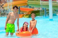 заплывание курорта бассеина малышей Стоковая Фотография