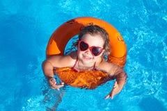 заплывание ребенка Стоковые Фото