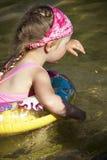 заплывание ребенка Стоковые Фотографии RF