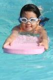 заплывание ребенка стоковая фотография rf