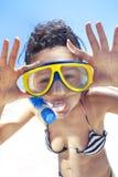 заплывание snorkel маски девушки подныривания Стоковая Фотография RF