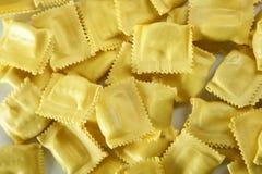 заполненная сыром итальянская текстура макаронных изделия Стоковые Фото