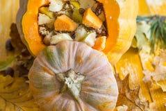 Заполненная тыква с частями плодоовощ Стоковые Изображения RF