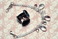Запонки для манжет и ожерелье Стоковые Изображения RF