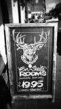Заприте главную улицу ресторана ренты комнат искусства мела самца оленя кафа Стоковые Фотографии RF