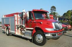 Заприте тележку отделения пожарной охраны гавани в гавани бара, Мейне Стоковое Изображение RF