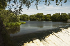 Запруда на реке Nara в Serpukhov стоковое фото rf