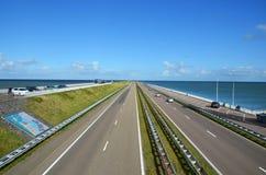 Запруда Afsluitdijk в Голландии Стоковое Фото