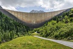 Запруда Schlegeis, долина Zillertal стоковая фотография