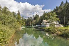 Запрудите механизм замка на реке Radovna, Словении Стоковое Фото