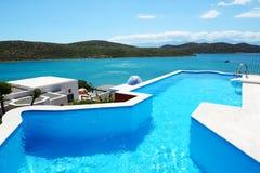 заплывание бассеина гостиницы роскошное Стоковое Изображение