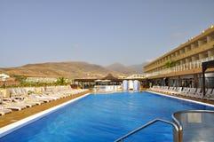 заплывание бассеина гостиницы роскошное Стоковые Изображения