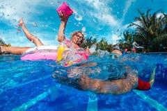 заплывание бассеина потехи Стоковое Изображение RF