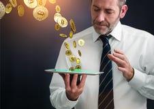 Заработок Bitcoins стоковое фото