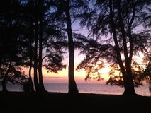 Зарево захода солнца морским путем стоковые изображения